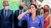 La consejera de Turismo de Canarias, Yaiza Castilla, lleva el silbo gomero a FITUR