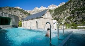 Un total de 10 balnearios reabren sus puertas en junio en Aragón | Foto: Balneario de Panticosa, en la provincia de Huesca Foto Balneario de Panticosa