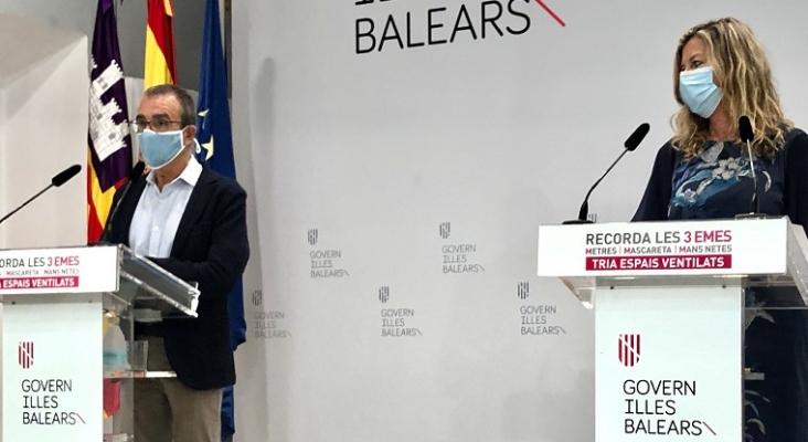 Baleares pone freno a los viajes de grupos tras el 'megabrote' de los estudiantes