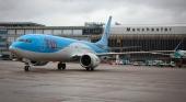 Avión Boeing 737 MAX de TUI Airways en el aeropuerto de Mánchester. Foto TUI.