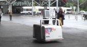 LEO, el robot que sustituye a los mostradores de facturación