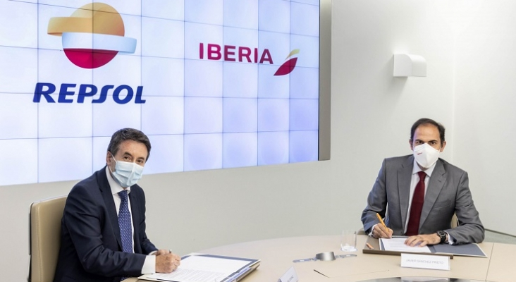 Javier Sánchez Prieto, presidente de Iberia, y Josu Jon Imaz,, consejero delegado de Repsol