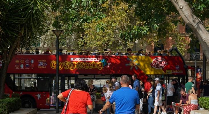 España se libra de la lista 'ámbar plus' del semáforo británico