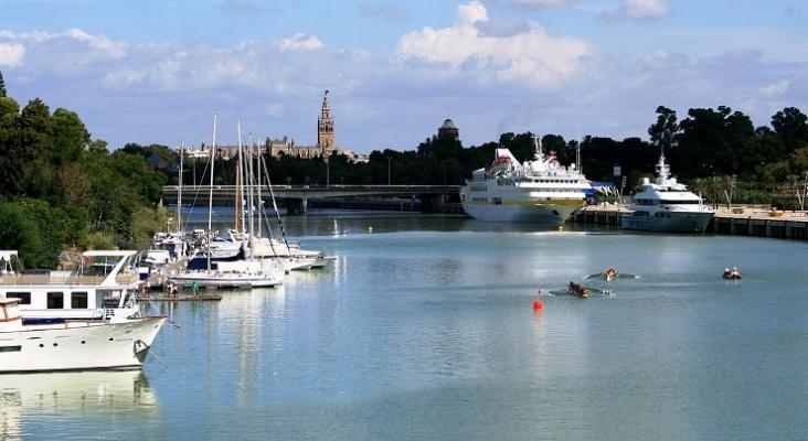 Barcos en el Puerto de Sevilla Foto: Traianeum (CC BY SA 3.0)