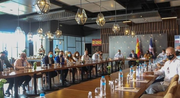 Las hoteleras españolas se reúnen con el nuevo Embajador de España en República Dominicana Foto Embajada de España en RD