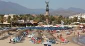 La patronal hotelera de Costa del Sol reclama que se amplíen los ERTES hasta Semana Santa 2022 | foto: Playa de Marbella, Málaga