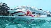 Norwegian Sun navegando en las aguas de Alaska, Estados Unidos