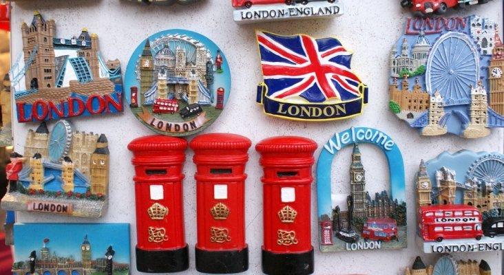 El 95% de los españoles sucumben a los 'souvenirs'   Souvenirs de Londres