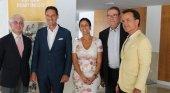 Izqda. a Dcha. Manuel Butler (Turespaña), Peter Fankhauser (Thomas Cook), Inmaculada Benito (FEHM), Joan Molas (CEHAT) y Hans Müller (Thomas Cook)