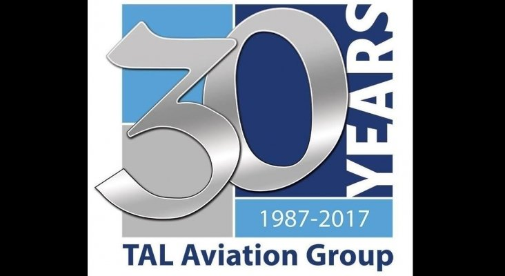 TAL Aviation cumple 30 años y lanza una campaña de plantación de árboles