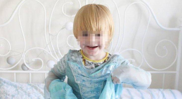 Noah, el niño que no pudo ser princesa en Disneyland París