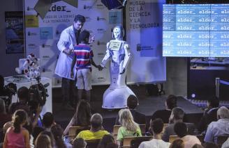 El robot humanoide Ada en el museo Elder
