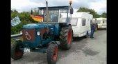 Tractor en el Camino de Santiago