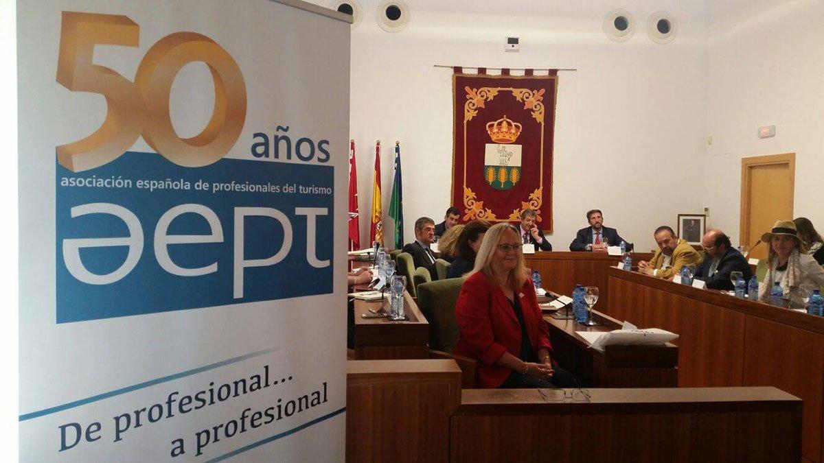 Asociación Española de Profesionales del Turismo