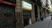 Comercios en las calles de Barcelona. Foto de eldiario.es